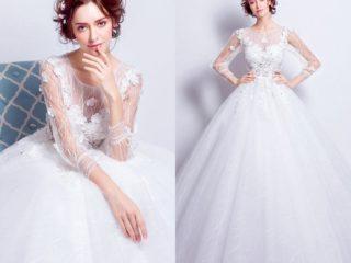 robe de mariée princesse en dentelle appliquée à manches