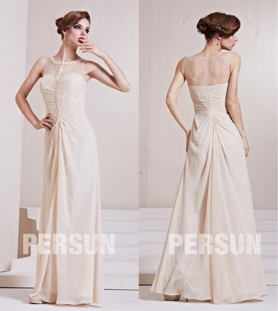 robe de soirée beige col illusion ornée de strass