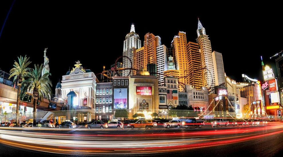 Visitez Las-Vegas pour voir un magicien sur scène