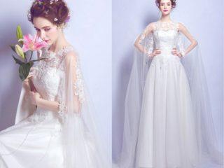 robe de mariée en dentelle appliquée avec cape